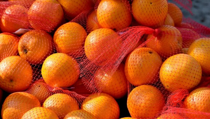 Главная причина, по которой апельсины в магазинах продаются в красных сетчатых мешочках