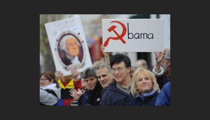 Desmitiem tūkstošu amerikāņu protestē pret Obamas nodokļu politiku