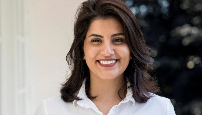 Saūda Arābijas sieviešu tiesību aktīviste atbrīvota no ieslodzījuma