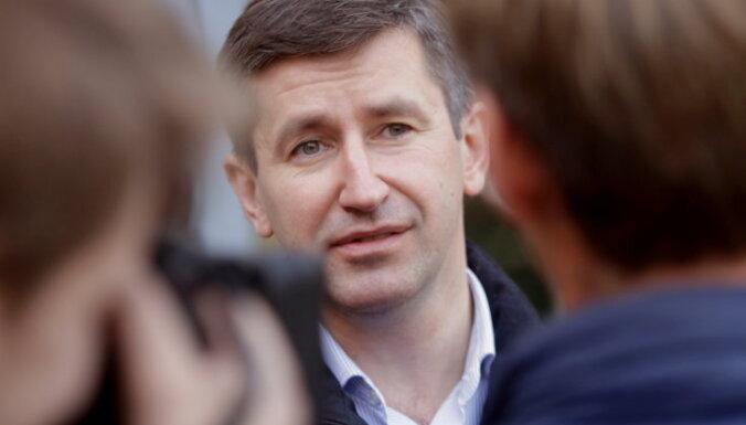 Домбровский: бюджет следующего года не разработан на благо жителей Латвии