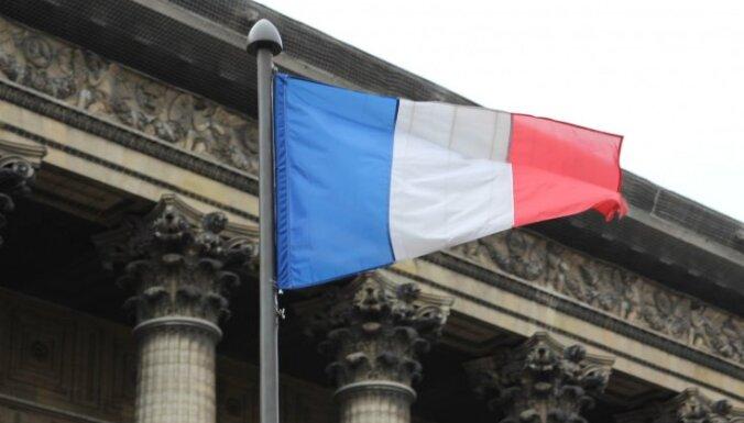 Francijas terorakta gatavošanā aizdomās turētie izmantojuši dažādas identitātes un adreses