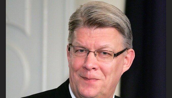 Zatlers: mums vajag spēcīgākas NATO un ES attiecības