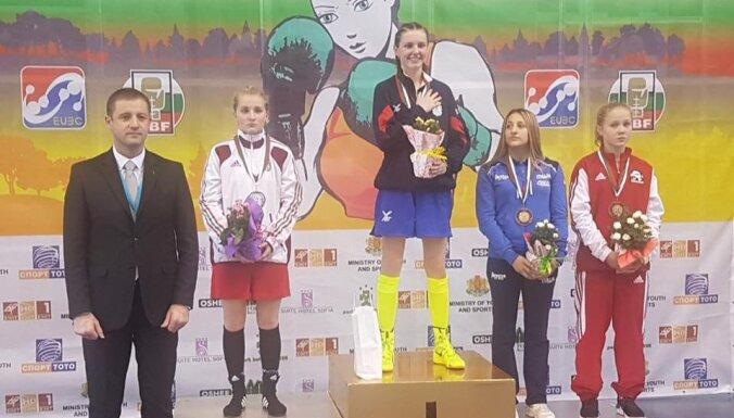 Боксерше Марченко хватило одного боя для бронзы ЧЕ среди девушек