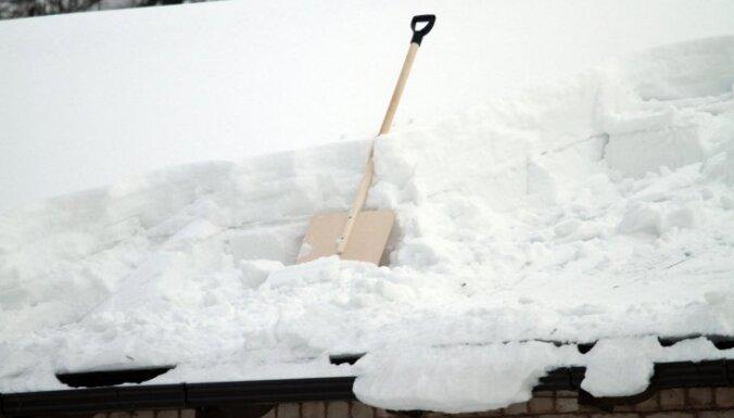 В Риге и Елгаве испытают снегоплавильную машину
