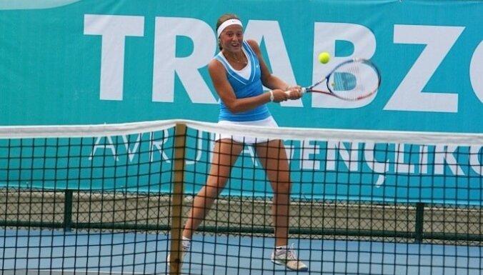 AusOpen: латвийская теннисистка разгромила американку Макарову