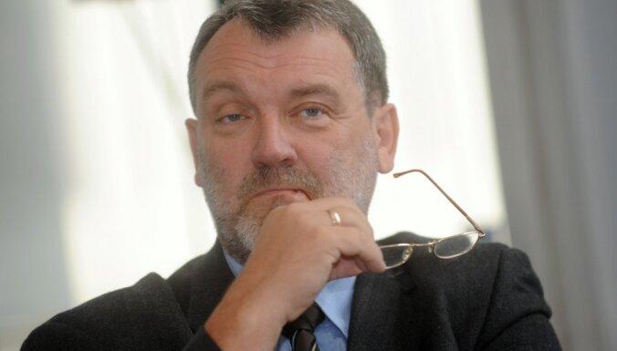 Политолог: Латвия с негражданами не очень удобна Европе, так что все еще только начинается