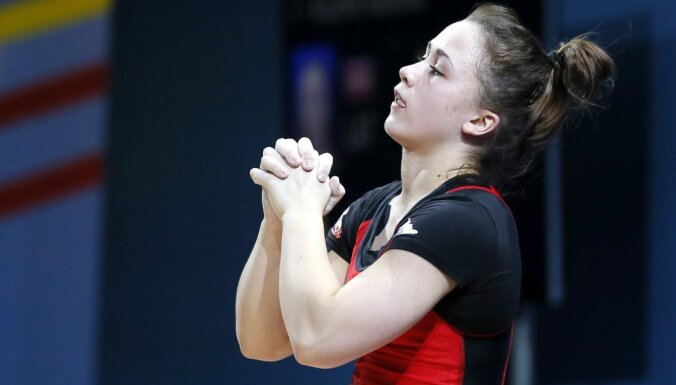 Тяжелоатлетка Ребека Коха второй год подряд взяла бронзу чемпионата мира
