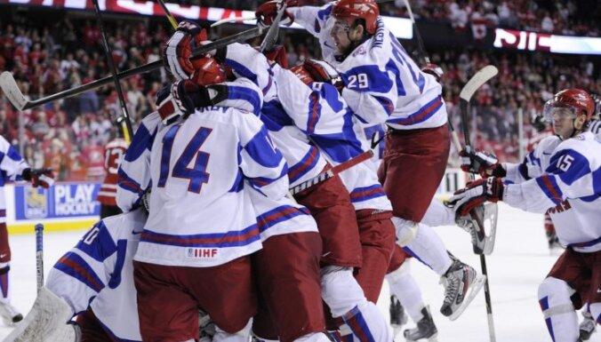 Видеообзоры побед сборных России и Швеции в полуфиналах МЧМ-2012