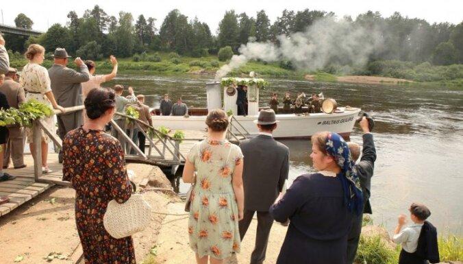 Foto: Noslēdzas Kairiša filmas 'Piļsāta pi upis' filmēšana Krāslavā