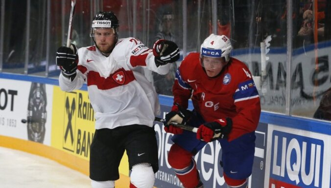 Šveices izlase 'sausā' pieveic Norvēģiju