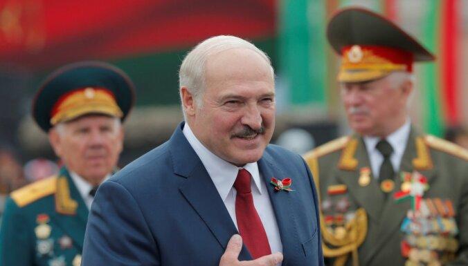 Лукашенко объявил Белоруссию ядерной державой