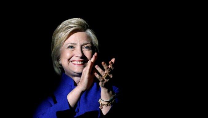 Хиллари Клинтон заподозрили в воровстве казенной мебели