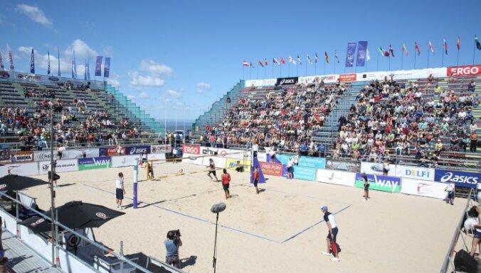 На пляже в Юрмале возведут трибуны на три тысячи мест