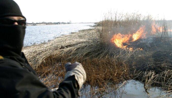 Piektdien Latvijā dzēsti trīs kūlas ugunsgrēki