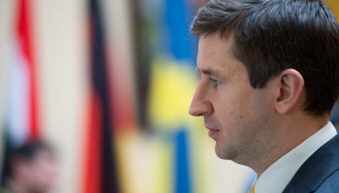 Вячеслав Домбровский: Латвия может привлечь интерес британских банков