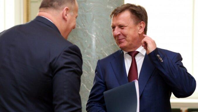 Кучинскис заявил, что плоды трудов правительства появятся лишь через год