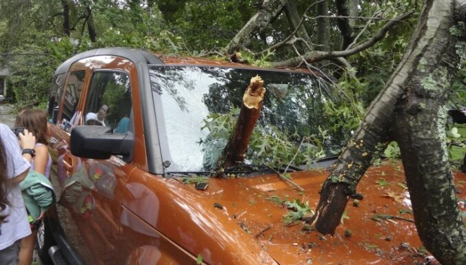 В ГПСС уже поступают сообщения о повреждениях, вызванных сильным ветром
