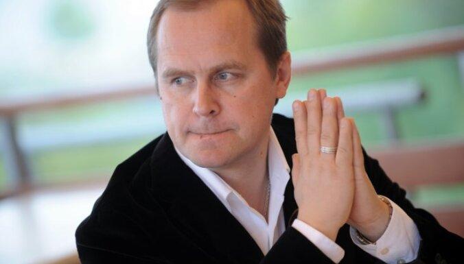 Račs: Mēs pārdodam oriģinālu latviešu mūziku, ārvalstīs tā nav vajadzīga!