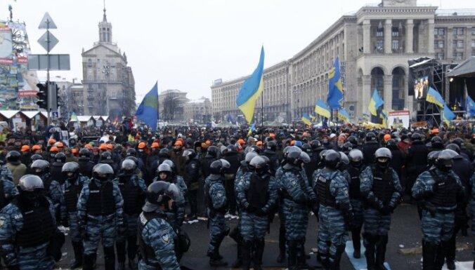 11 декабря: Пабрикс забракован, супермаркеты трескаются, Украина митингует