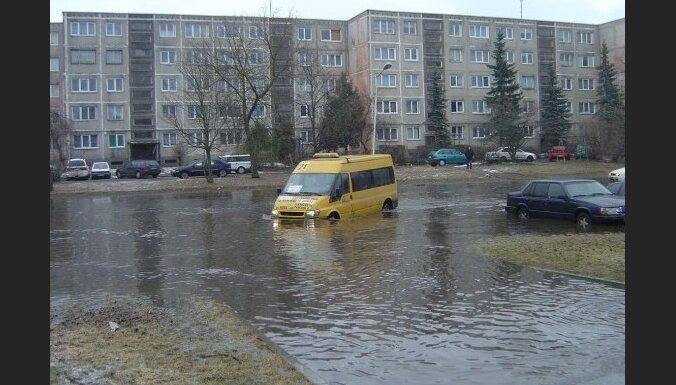 Kauņas rajonā plūdu dēļ evakuēti desmitiem cilvēku