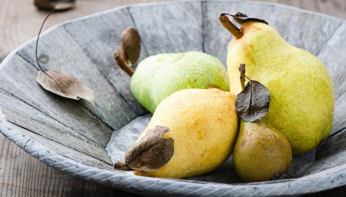 Skolēni ar svaigiem augļiem un dārzeņiem skolā varēs mieloties ilgāk nekā plānots