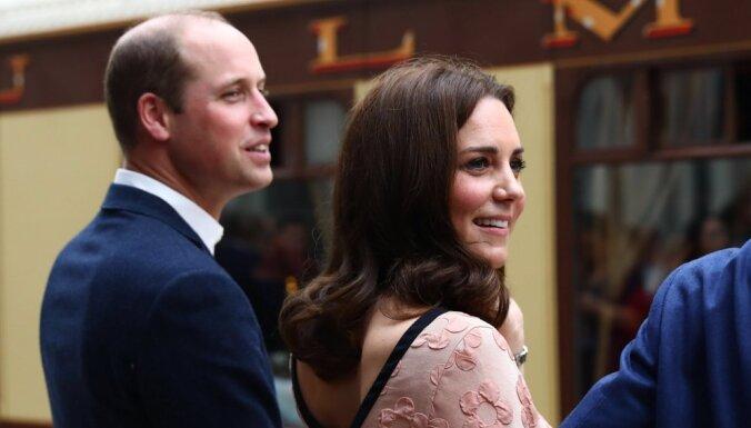 Уильям и Кейт объявили, что ждут третьего ребенка в апреле