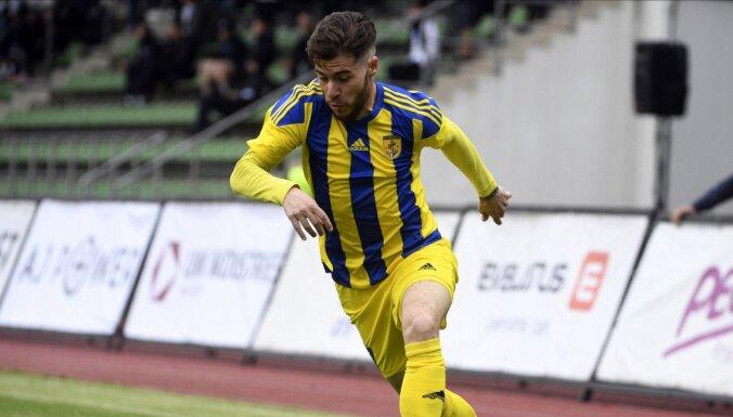'Ventspils' pieveic 'Spartaku'; 'Daugavpils' sešu vārtu spēlē pieveic 'Metta'