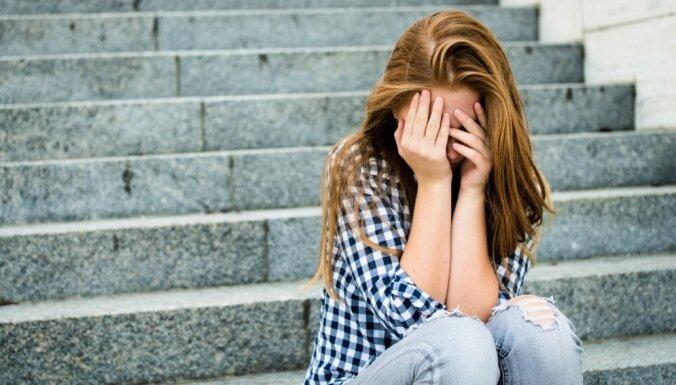 #ЯнеБоюсьСказать: пользователи соцсетей делятся историями сексуального насилия
