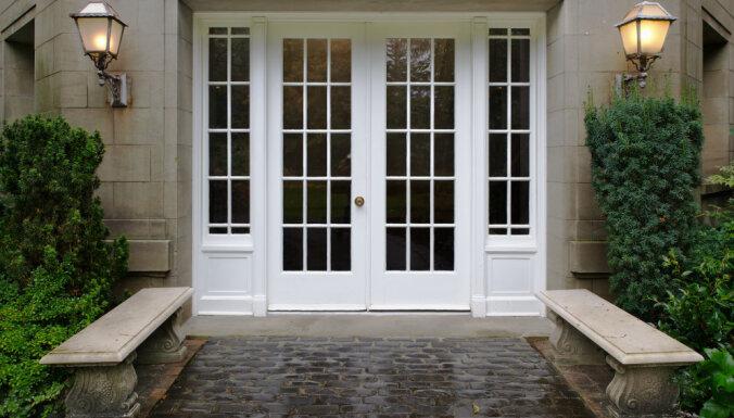 Mājas vizītkarte - logi un durvis. Kā izvēlēties labāko?