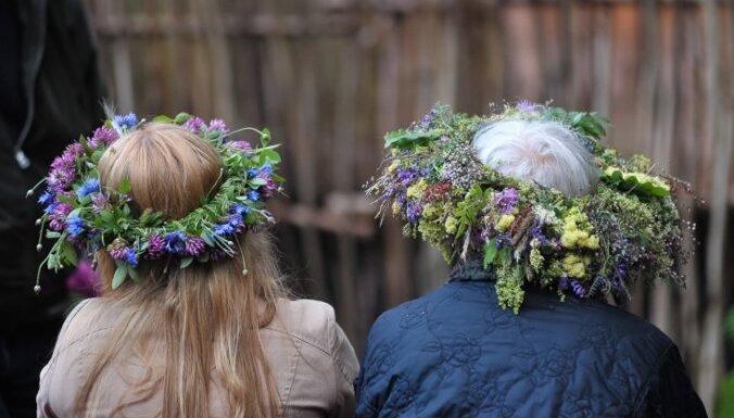 Рига проведет трехдневное празднование Лиго на набережной