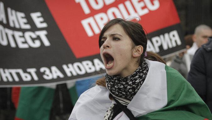 В Болгарии и после отставки премьера продолжаются протесты