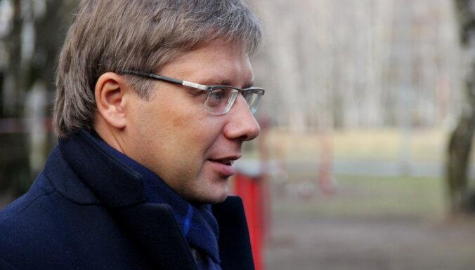 Dzanuškāns nolēmis atmaksāt domei 35 000 eiro par skandalozo pētījumu, paziņo Ušakovs