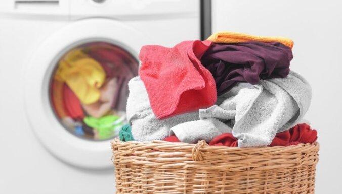 Можно ли хранить грязное белье в стиральной машине?