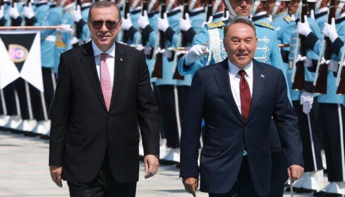 Эрдоган нашел пособников Гюлена в 33 школах Казахстана