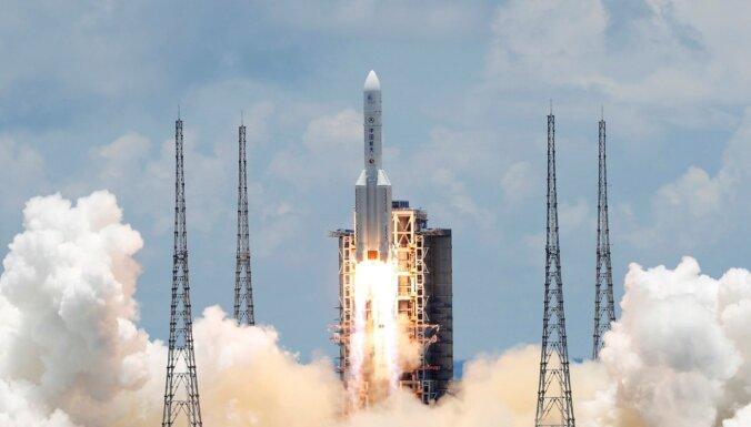 Ķīna startē uz Marsu: kas azotē misijas 'Tianwen-1' aparātiem?