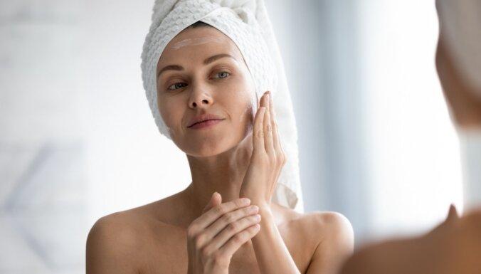 Ухоженная и защищенная кожа: 7 лайфхаков для правильного снятия макияжа