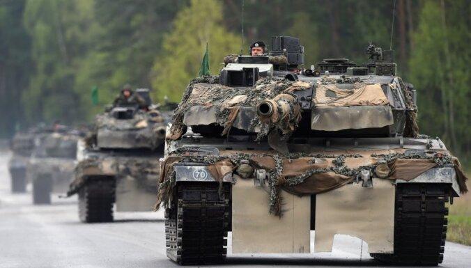 """Германия возобновит серийный выпуск танков """"Леопард"""""""