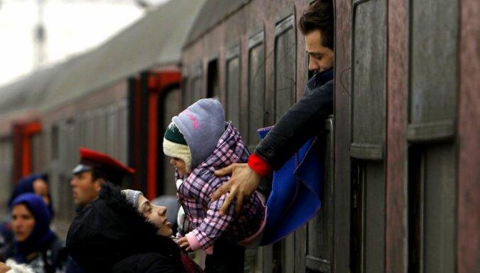 В Латвию прибыли 16 сирийцев из Греции