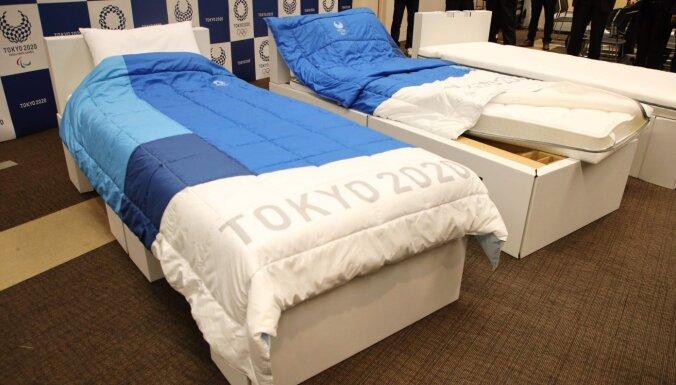 Японцы возмущены: израильские спортсмены сломали антисекс-кровать