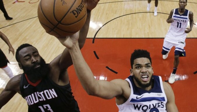 'Rockets' iesoļo NBA izslēgšanas spēļu otrajā kārtā