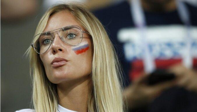 Сборную России в Москве встретили ОМОН и полиция, но болельщиков не было