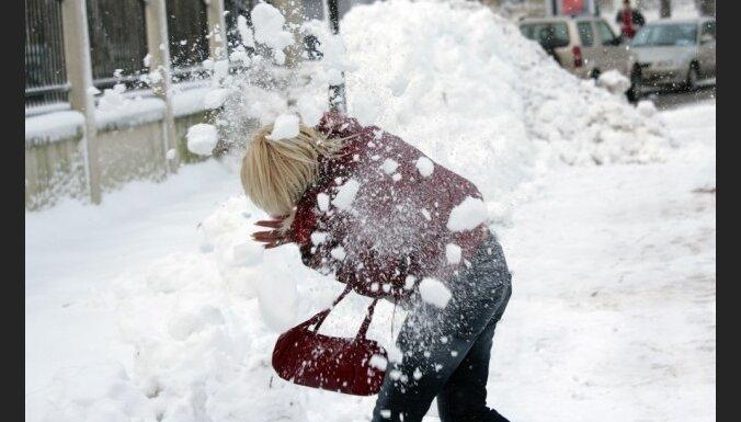 Sniega sega var pieaugt par 13 centimetriem