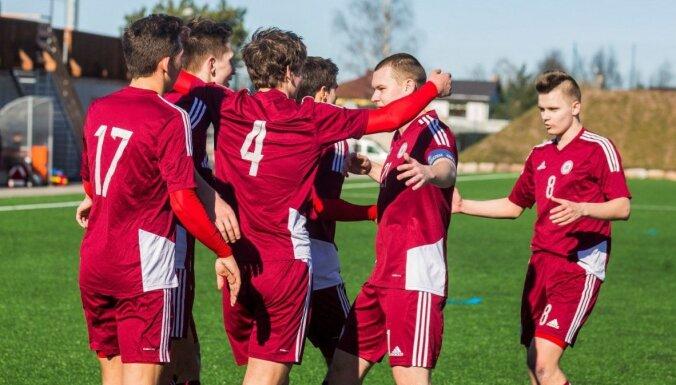 Latvijas U-19 futbolisti pieveic igauņus un nodrošina uzvaru Baltijas kausā