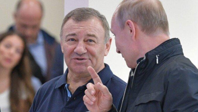 Raidījums: ES sankcijām pakļauta Krievijas firma izstrādā satiksmes pārvadu Rīgā