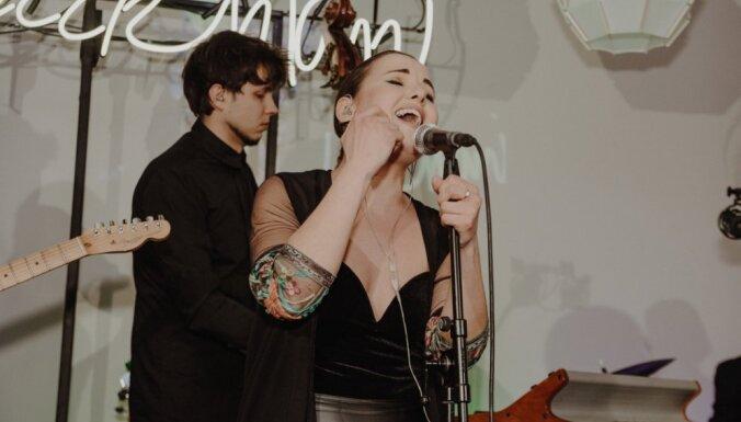 Foto: Elzas Rozentāles grupa 'Bur mani' prezentē albumu un dodas koncertsērijā