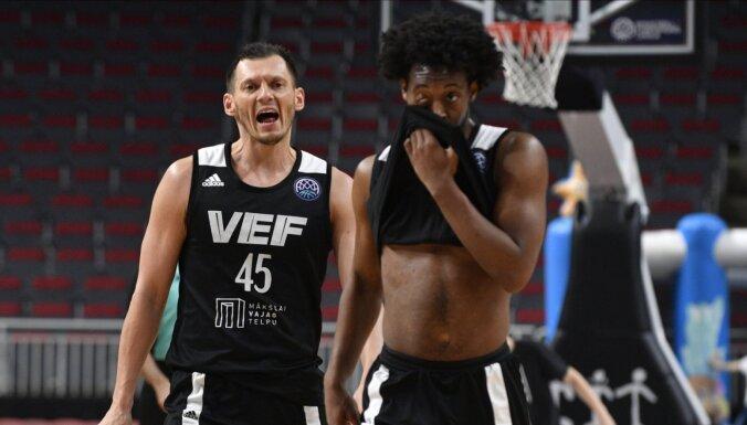 Latvijas grandu duelī 'VEF Rīga' uzvar 'Ventspils' basketbolistus