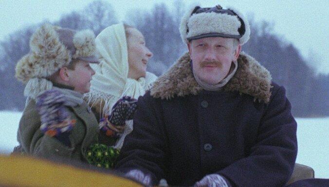 Apaļu jubileju svin aktieris un dziedātājs Jānis Paukštello
