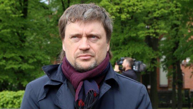 Не дожидаясь ответа профсоюза, временная администрация РД уволила главу Рижской стройуправы Вирцавса