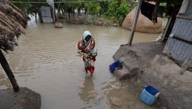 Ciklonā 'Bulbul' Indijā un Bangladešā 14 bojāgājušie