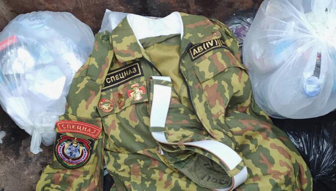 В Белоруссии появились видео с выбрасывающими форму спецназа мужчинами